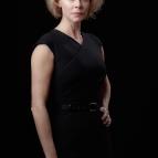 Belén Rueda es Claudia, la esposa del embajador